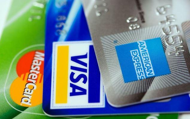 Kreditkarten: Visa, MasterCard und Amex